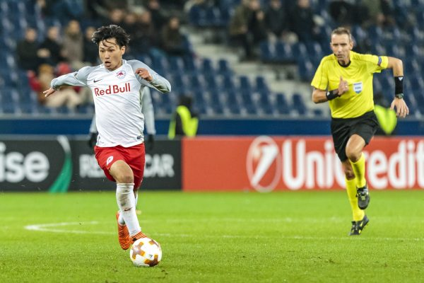 02.11.2017, Red Bull Arena, Salzburg, AUT, UEFA EL, FC Salzburg vs Konyaspor, Gruppe I, im Bild Takumi Minamino (FC Red Bull Salzburg) // during the UEFA Europaleague Group I Match between FC Salzburg and Konyaspor at the Red Bull Arena in Salzburg, Austria on 2017/11/02. EXPA Pictures © 2017, PhotoCredit: EXPA/ Florian Schroetter