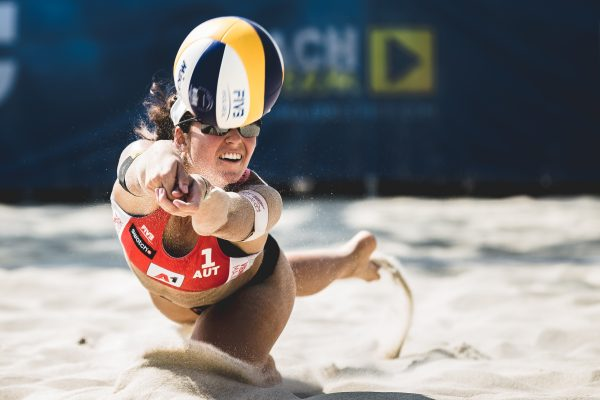 """01.08.2018, Donauinsel, Wien, AUT, FIVB Beach Volleyball A1 Vienna Major presented by Swatch, Damen, Spiel 1, Pool A, im Bild Nadine Strauss (AUT)// during the women´s first round game in pool A at the """"Donauinsel"""" in Vienna, Austria on 2018/08/01. EXPA Pictures © 2018, PhotoCredit: EXPA/ Florian Schroetter"""